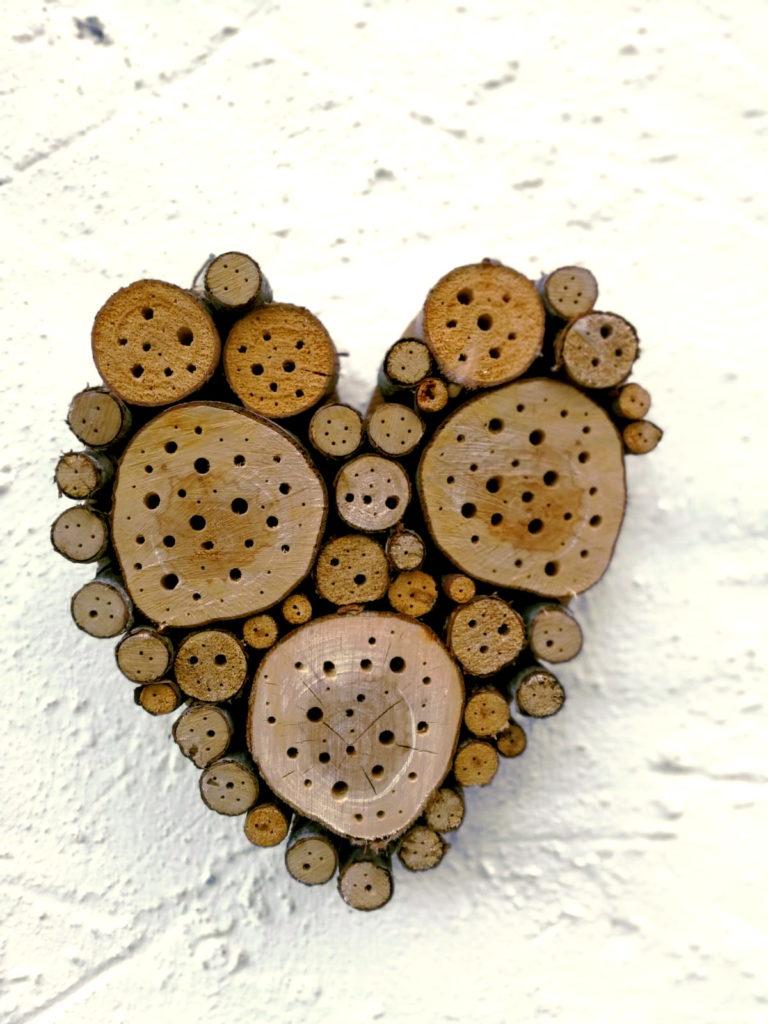 Insektenhotel Herz